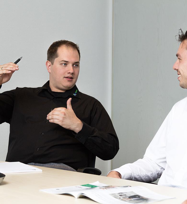 Geschäftsführer Roger Geitzenauer im Gespräch.